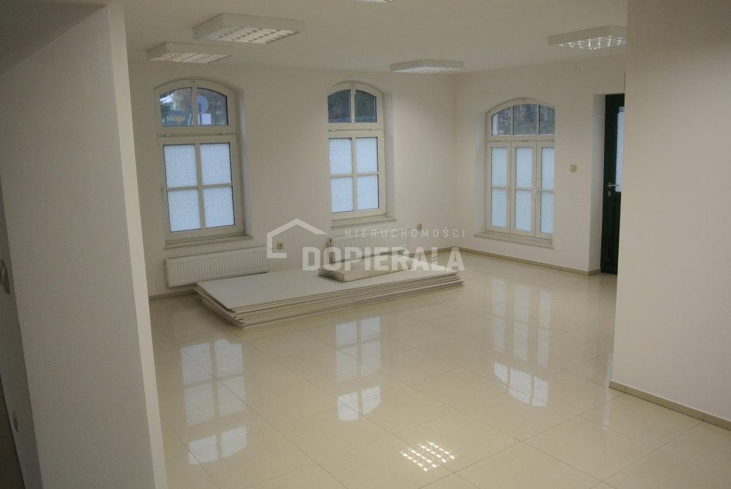 Obiekt komercyjny na wynajem o pow. 136 m2